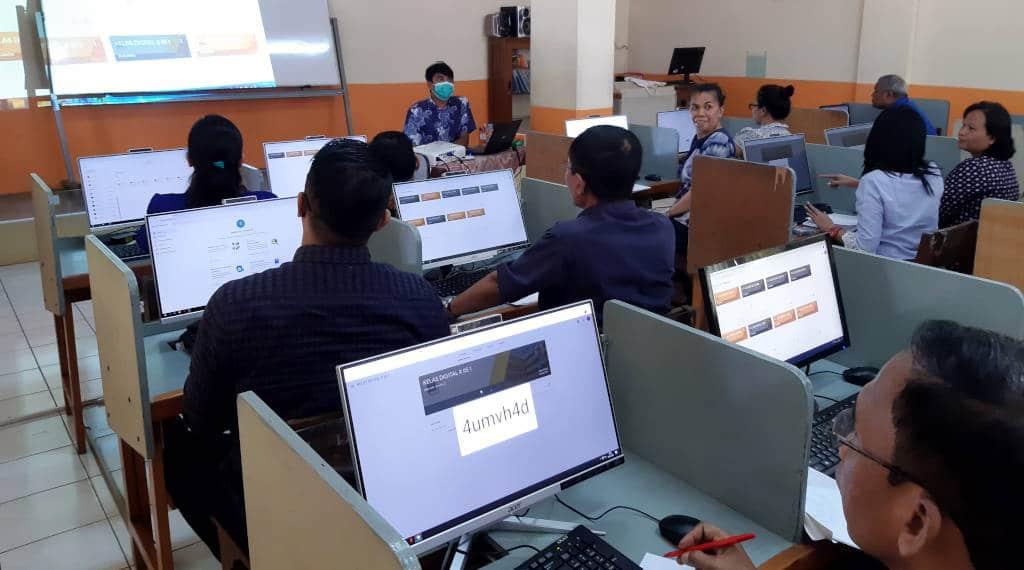 Guru dengan Google Classroom